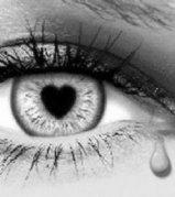 ojo_llorando_con_pupila_corazon